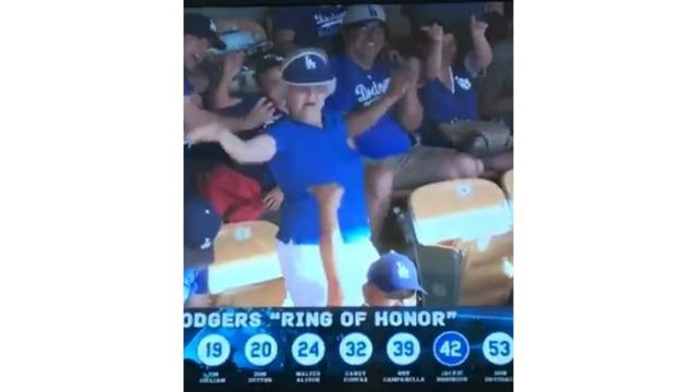 VIDEO: 'Rally granny' flashes crowd at Dodger Stadium