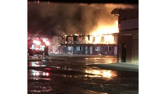 Crews contain Limon hotel fire