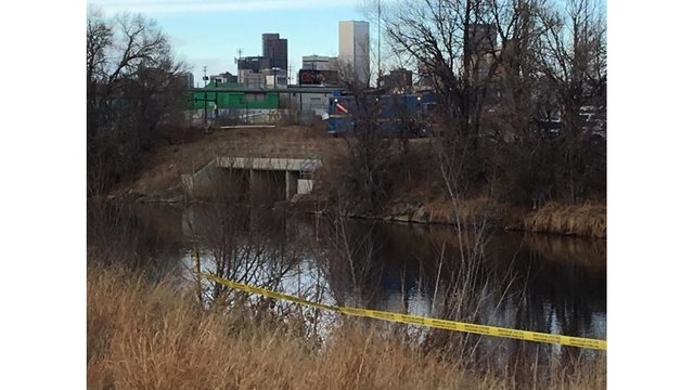 Man's body found in the South Platte River, police investigating