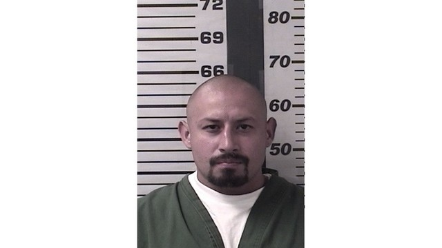 "GABRIEL DURAN is a Hispanic Male, 31 years old, 5'4"" tall, and 150 lbs., with black hair and brown eyes. DURAN is wanted for 3 counts of Escape and Va"